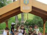 Eine süße Überraschung wartete auf die Kids bei der Eröffnung ihres Naturerlebnisbereiches